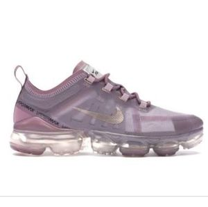 Nike Air VaporMax soft pink
